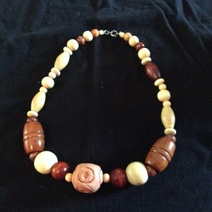 Beaded wooden necklace vintage